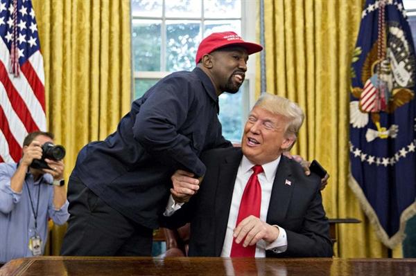 Kanye West được biết đến là người ủng hộ Tổng thống Trump trong nhiều năm qua
