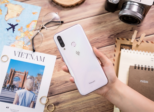 Ảnh 2: Vsmart Joy 3 - một trong những mẫu smartphone ăn khách của nhất hiện nay