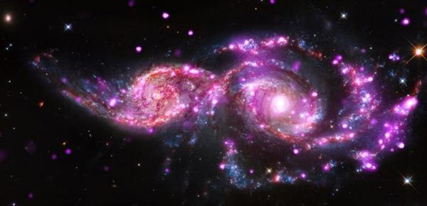 Những thiên hà xoắn ốc hợp nhất này là nơi xảy ra ba vụ nổ siêu tân tinh trong vòng 21 năm qua.