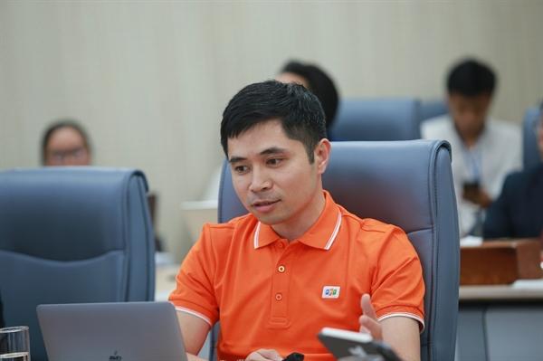 Ông Bùi Đình Giáp, Giám đốc akaBot chia sẻ tại sự kiện.