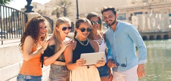Thế hệ trẻ hiện đại đang chịu trách nhiệm tạo ra sự giàu có mới. Nguồn ảnh: Business Blog.