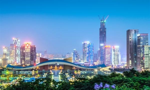 Lần đầu tiên, Ngân hàng Thế giới nhận thấy rằng tổng thu nhập thực tế của Trung Quốc lớn hơn một chút so với Mỹ. Nguồn ảnh: The Guardian.
