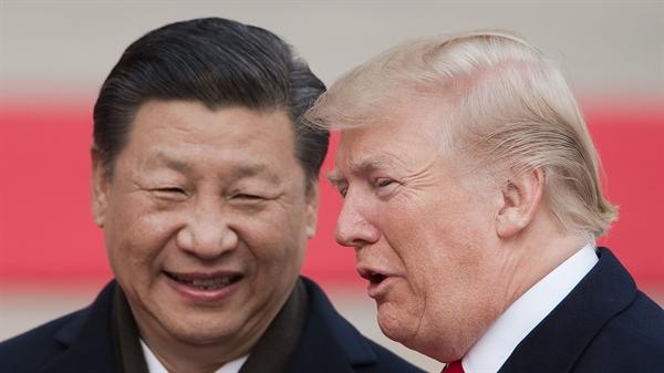 Chủ tịch Tập Cận Bình và Tổng thống Donald Trump đại diện cho hai cường quốc trung tâm của trật tự thế giới mới, cần phải sắp xếp khẩn cấp cho một số cuộc trò chuyện thẳng thắn.. Nguồn ảnh: Sky News.