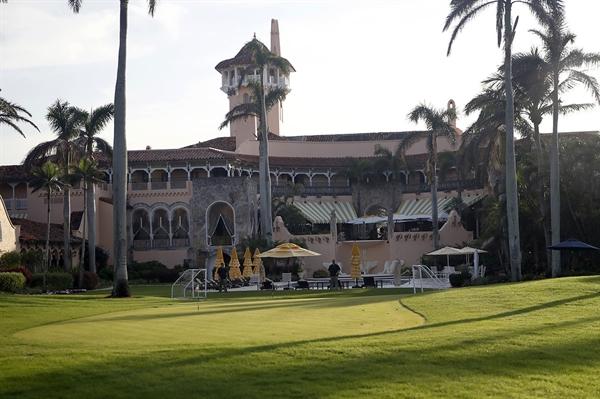 Doanh thu tại Mar-a-Lago, khu nghỉ mát ở Florida mà Trump thường lui tới trong suốt nhiệm kỳ tổng thống của mình, giảm xuống còn 21,4 triệu đô la vào năm 2019. Nguồn ảnh: AP.