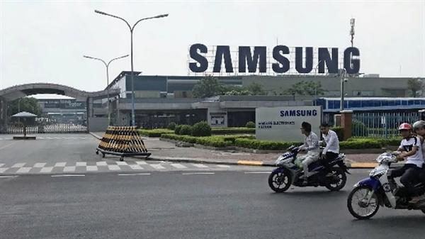 Nhà máy sản xuất điện thoại thông minh của Samsung Electronics ở tỉnh Bắc Ninh, Việt Nam. Nguồn ảnh: Nikkei Asian Review.