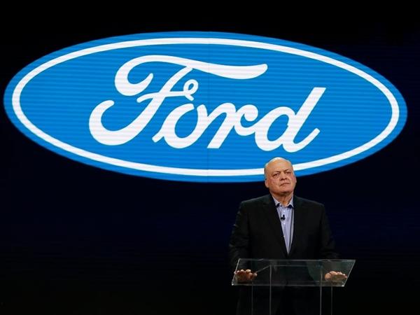 """Ông Jim Hackett CEO hiện tại của Ford từng tuyên bố: """"Mục tiêu của tôi khi đảm nhận vai trò CEO là chuẩn bị cho Ford giành chiến thắng trong tương lai"""". Nguồn ảnh: AP."""