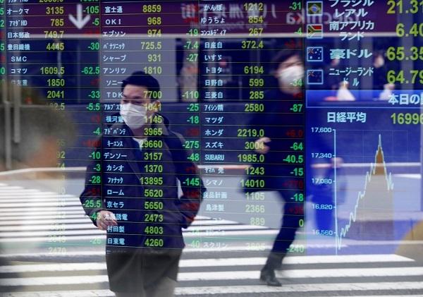 Một số chuyên gia lại đang xem xét tiềm năng của đồng Nhân dân tệ, đồng Yen Nhật và đồng Euro. Nguồn ảnh: ATF.