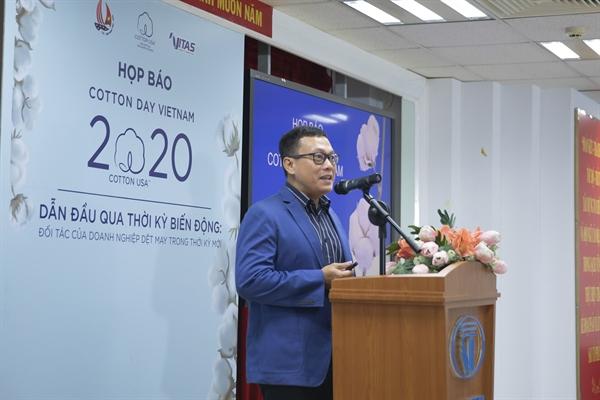 Hội chợ online năm nay là một giải pháp giúp các doanh nghiệp dệt may Việt Nam kết nối với các doanh nghiệp quốc tế. Ảnh: vietgiaitri