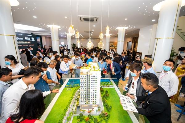 Chương trình khai trương nhà mẫu căn hộ trung tâm Tân Sơn Nhất HAPPY ONE - Premier.