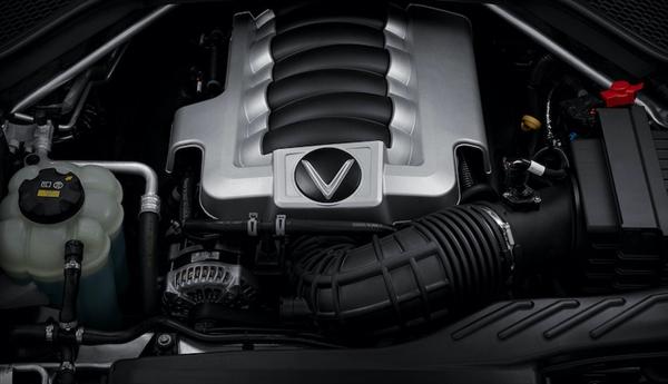 Động cơ V8 trên mẫu xe President kết hợp cùng hộp số tự động 8 cấp giúp xe có khả năng tăng tốc 0-100 km/h trong 6,8 giây.