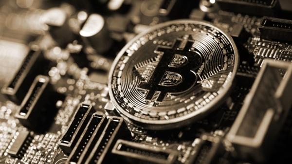 Tiền điện tử đã nổi lên như một lựa chọn sinh lợi vì chúng vượt trội hơn tất cả các loại tài sản khác. Nguồn ảnh: Bloomberg.