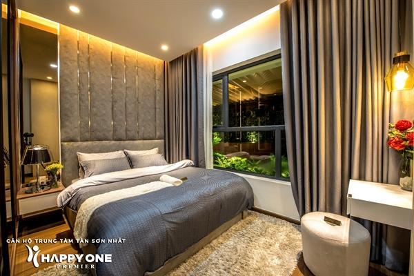 Phòng ngủ master tại căn hộ mẫu HAPPY ONE – Premier.