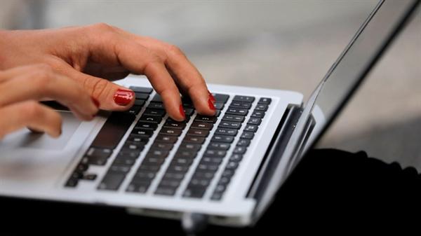 Đến năm 2030, Đông Nam Á sẽ sản xuất khoảng một nửa máy tính cá nhân được sử dụng trên khắp thế giới. (Ảnh: Reuters)