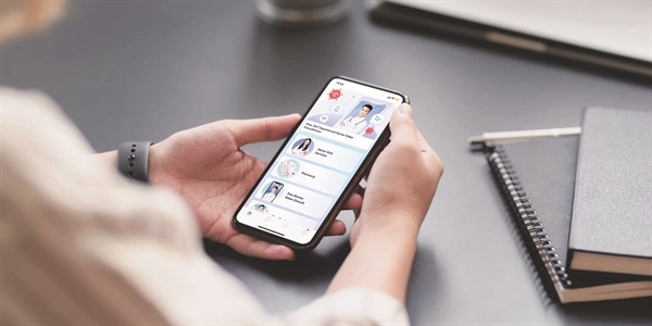 Ứng dụng quản lý dịch vụ y tế trên smartphone.