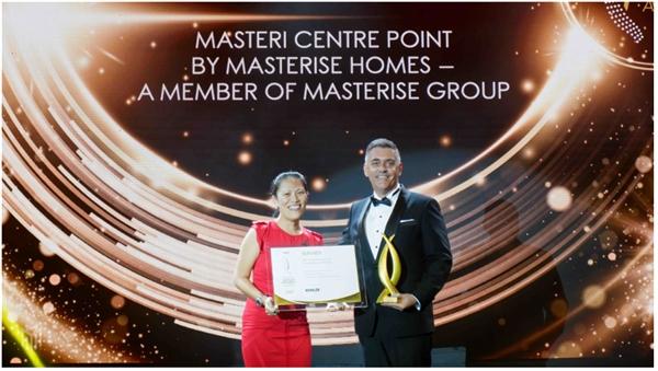 Masteri Centre Point vinh dự nhận hai giải thưởng danh giá từ PropertyGuru Vietnam Property Awards 2020.