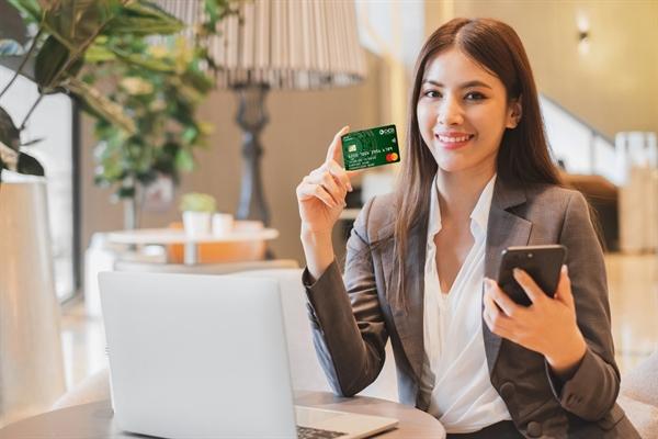 Thẻ dùng cho cả chủ doanh nghiệp và các phòng ban.