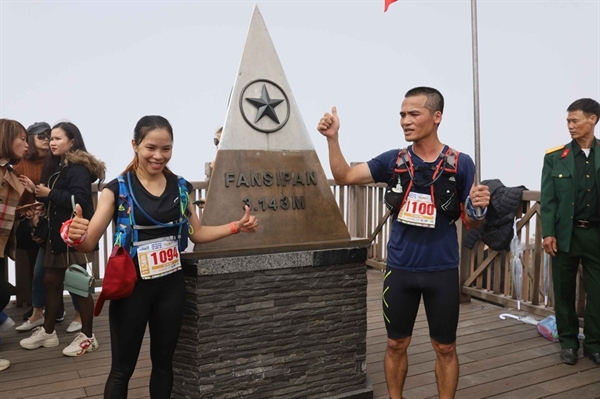 Hai nhà vô địch Vượt núi Fansipan 2020