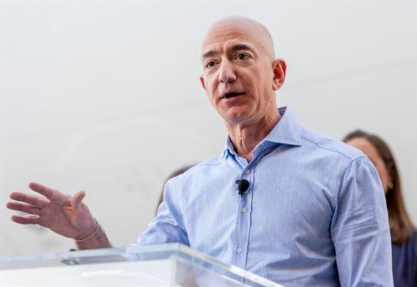 Giám đốc điều hành Amazon - ông Jeff Bezos. Ảnh: Digital First Media.