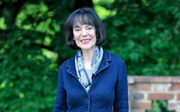 Bà Carol Dweck, nhà tâm lý học nổi tiếng thế giới tại Stanford. Ảnh: Schoolsweek.