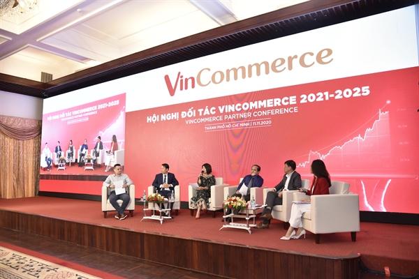 Ban lãnh đạo VinCommerce tọa đàm cùng các Nhà cung cấp.