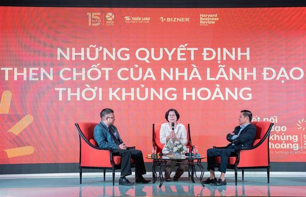 Theo bà Vũ Kim Hạnh – Chủ tịch Hội Doanh nghiệp hàng Việt Nam chất lượng cao, nền kinh tế Việt Nam còn yếu cả về mảng công nghiệp phụ trợ và nguồn nhân lực