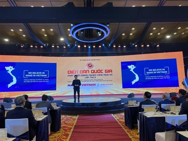 Ông Phạm Kim Hùng chia sẻ tại diễn đàn