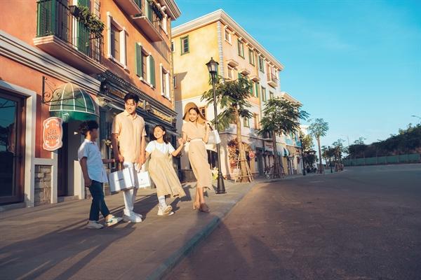 Nam Phú Quốc ngày càng được bổ sung nhiều dịch vụ, đáp ứng nhu cầu và tăng mức chi tiêu của du khách.