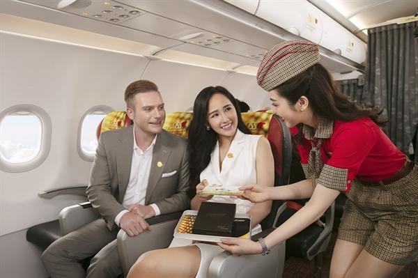 Vietjet mở bán vé khuyến mãi tới 50% suốt tháng 12 trên toàn mạng bay.