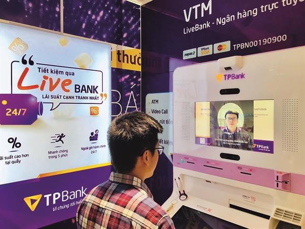 Hiệu quả của số hóa thúc đẩy các ngân hàng chuyển đổi số mạnh mẽ.