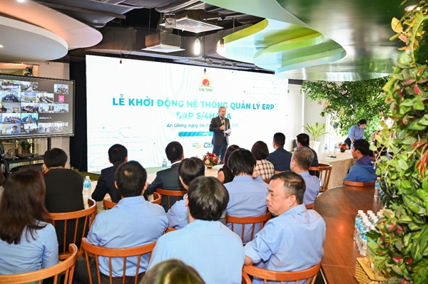 Ông Huỳnh Văn Thòn – Chủ tịch HĐQT LTG phát biểu và tuyên bố đưa hệ thống vào vận hành.