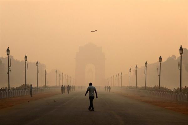 Khoảng 1,67 triệu người Ấn Độ chết do tiếp xúc với không khí độc hại vào năm 2019, khoảng 18% tổng số ca tử vong xảy ra ở quốc gia rộng lớn này vào năm ngoái. Ảnh: G-Zero Media.