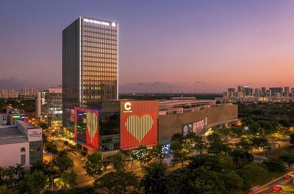 Ngay trong năm 2020, hàng loạt công trình cao ốc văn phòng hạng A, trung tâm thương mại tại khu trung tâm tài chính đi vào hoạt động đã bổ sung thêm tiện ích cho cư dân đô thị.