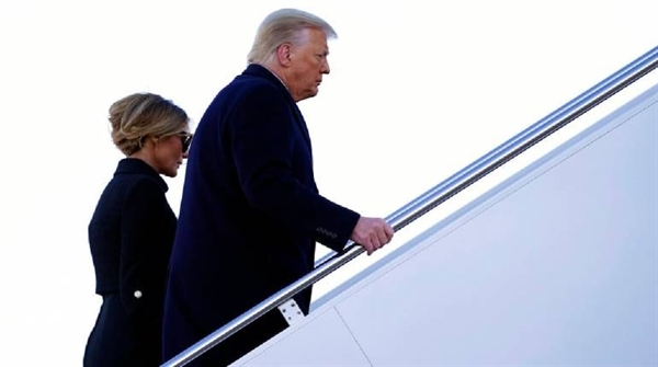 Điều đáng buồn là vị Tổng thống thứ 45 của Mỹ đã rời Washington như một kẻ xấu số và là tác giả của nỗi nhục nhã đau đớn của chính mình. Ảnh: Money Control.