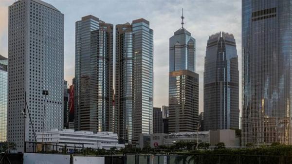 Chính phủ Trung Quốc từ lâu đã lo ngại về dòng vốn bất hợp pháp chảy ra ngoài và muốn hạn chế các quan chức và các cá nhân khác sử dụng Hong Kong và các khu vực pháp lý khác để che giấu sự giàu có của họ. Ảnh: Bloomberg.
