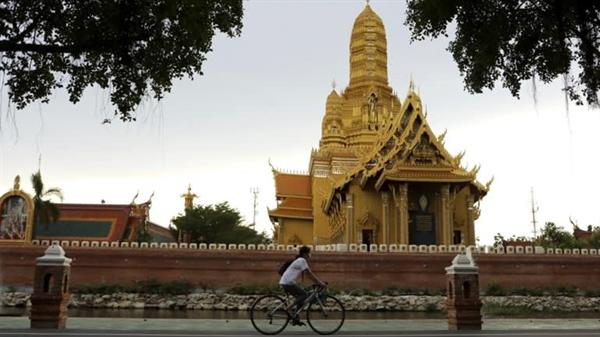 Ngành du lịch Thái Lan đã bị suy yếu nghiêm trọng do đại dịch COVID-19. Ảnh: Reuters.