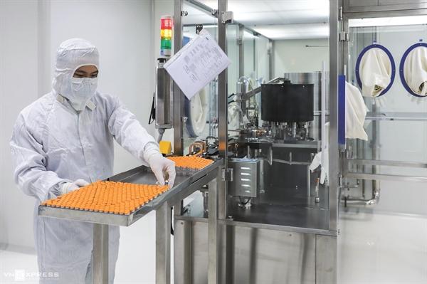 Nghiên cứu sản xuất vaccine tại Công ty Nanogen TP.HCM.