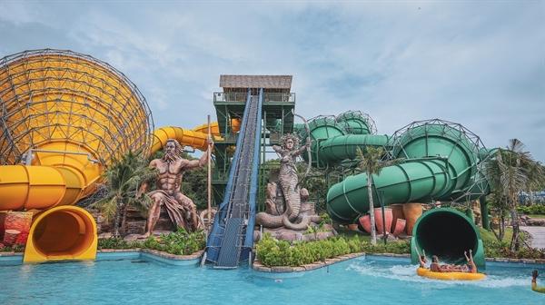 Trò chơi ở Công viên nước Aquatopia.