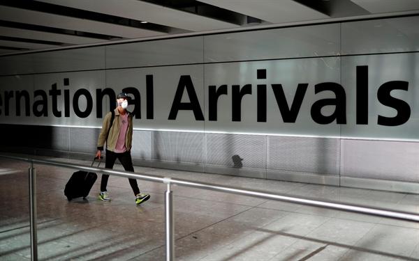 Những hành khách đến nước khác sẽ không cần cách ly. Ảnh: The Telegraph.