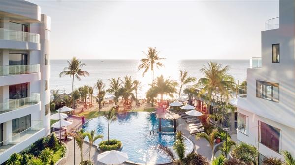Bể bơi vô cực ngoài trời, địa điểm check-in thần thánh tại đảo thiên đường. Ảnh: TL.