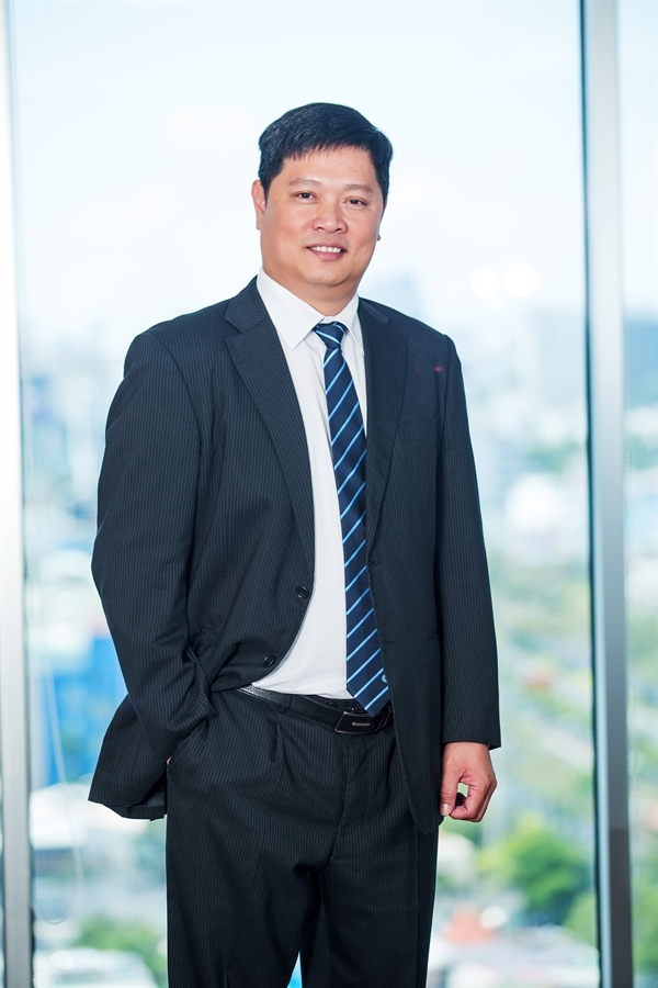 Tiến Sĩ  Phan Hữu Duy Quốc, Phó Tổng Giám đốc Coteccons.