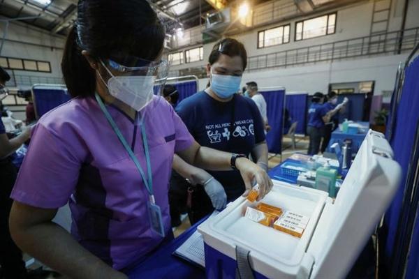 Trung Quốc đã phân phối vaccine do nước này sản xuất đến một số quốc gia trong khu vực, bao gồm cả Philippines. Ảnh: EPA.