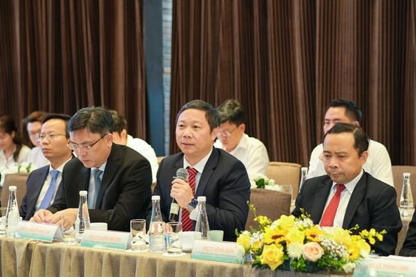 Chương trình có sự tham gia của PGS.TS Dương Anh Đức, Thành Ủy viên, Phó Chủ tịch UBND TP.HCM. Ông chúc mừng và nhận định sự hợp tác giữa Tập đoàn Hưng Thịnh và ĐHQG-HCM cũng phù hợp với định hướng của TP.HCM trong việc đẩy mạnh chuyển đổi số và thực hiện mục tiêu trở thành đô thị thông minh.
