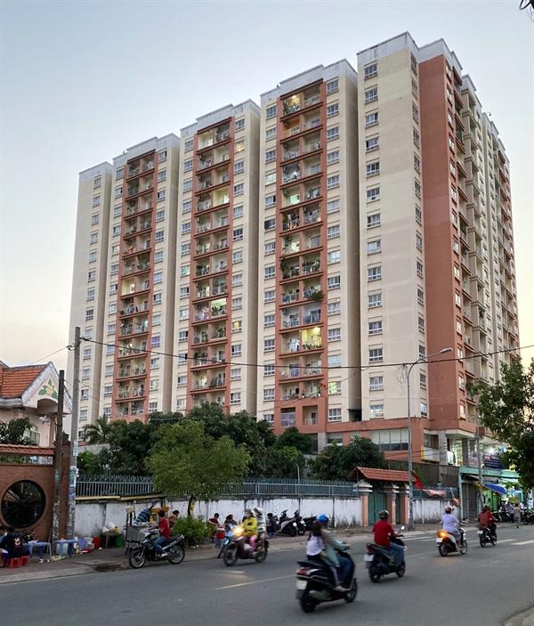 Chung cư tái định cư Trương Đình Hội 2, quận 8. Ảnh: Cao Thắng