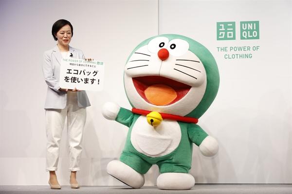 UNIQLO Chọn Doraemon Xanh Lá Làm Đại Sứ Toàn Cầu Về Phát Triển Bền Vững