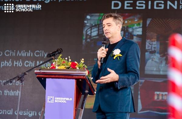 Kiến trúc sư Andrew Currie từ Công ty thiết kế Out-2 - đơn vị thiết kế Greenfield School chia sẻ về ý tưởng thiết kế của trường tại Khu đô thị Gem Sky World.
