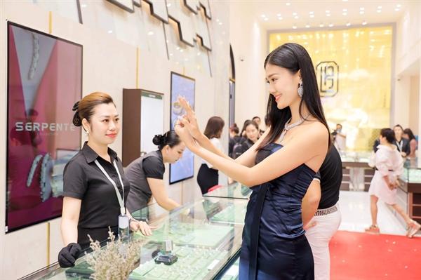 Lộc Phúc Fine Jewelry đã đẩy mạnh phát triển chuỗi cửa hàng bán lẻ trang sức cao cấp từ năm 2015.