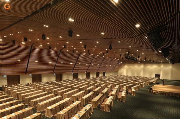 Đại sảnh lớn nhất tại GEM Center có công suất tối đa 1,800 khách.