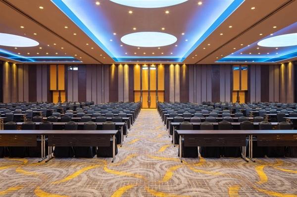 Không gian phòng hội nghị tại khách sạn Sheraton.