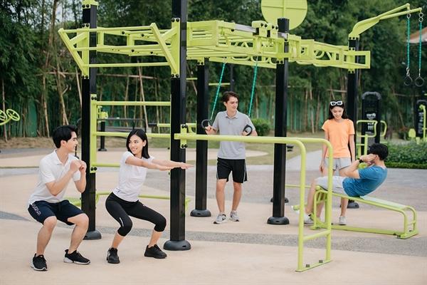 Hệ thống tiện ích thể thao của Vinhomes Smart City đặc biệt thu hút cộng đồng người nước ngoài, đặc biệt là những chuyên gia đang sinh sống tại Hà Nội.