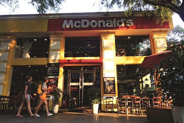 McDonald's tạo ấn tượng mạnh trong tâm trí người tiêu dùng về hình tượng chuỗi cao cấp. Ảnh: Quý Hòa.